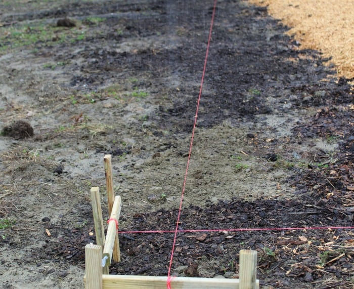 PLayground Border - Mark the corners with stakes